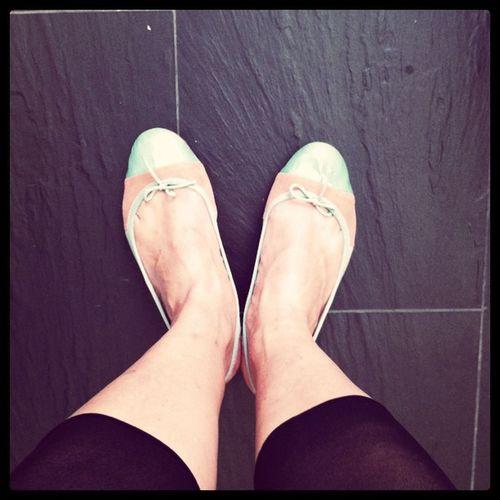 Neue Schuhe Volldasm ädchen