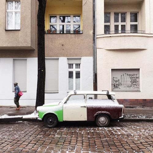 Hipster Karre Car Car Collection Car Spotting Karre Soloparking Berlin Berlin Style Streetphotography Vintage Cars Liveauthentic