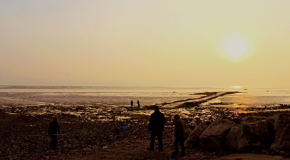 Taking Photos Wirral Canon EOS 600D DSLR Silhouette Beachphotography Caldy Beach Simple Photography