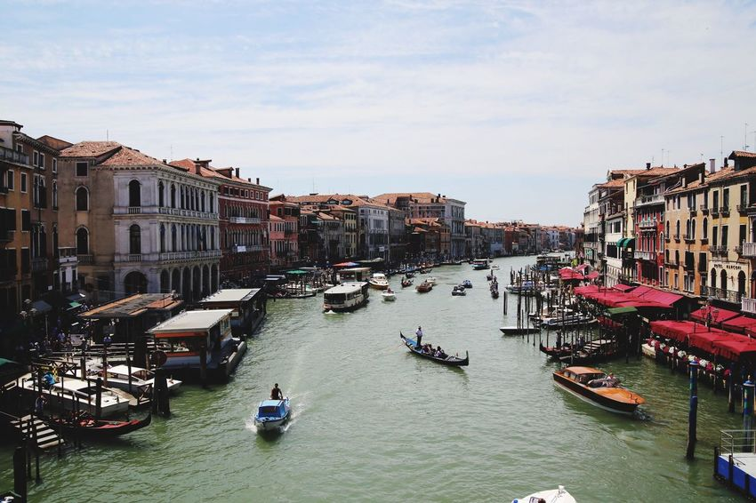 Canale Grande Rialto Bridge Ponte Di Rialto Canale Grande Architecture Building Exterior Built Structure Transportation Nautical Vessel Canal Mode Of Transport Gondola Large Group Of People Gondola - Traditional Boat
