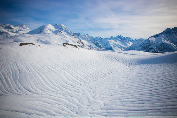 Snowy Snow Winter French Alps Les Ecrins Cold Temperature Mountain Beauty In Nature Scenics - Nature Environment Tranquil Scene White Color Tranquility Sky Mountain Range Landscape Cloud - Sky Snowcapped Mountain Non-urban Scene Nature Day Covering No People Mountain Peak Powder Snow