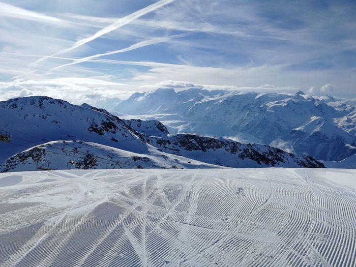 Top of the world Skiing Ski Tracks Ski Track Ski Slope Ski Resort  Ski Holiday Powder Snow Ski-wear