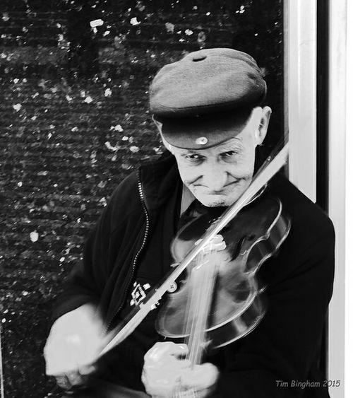 The Hungarian Street musician Streetphotography Fujix10