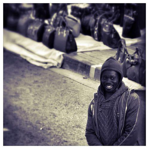 Canon PowerShot G1 X Streetphotography Blackandwhite Smile