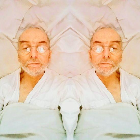 2016 Oktober Studio Mobile Atelier Düsseldorf Bilk Looking At Camera Portrait Lifestyles Leisure Activity Senior Adult Waist Up Wrinkled Front View Mature Adult Person Facial Expression
