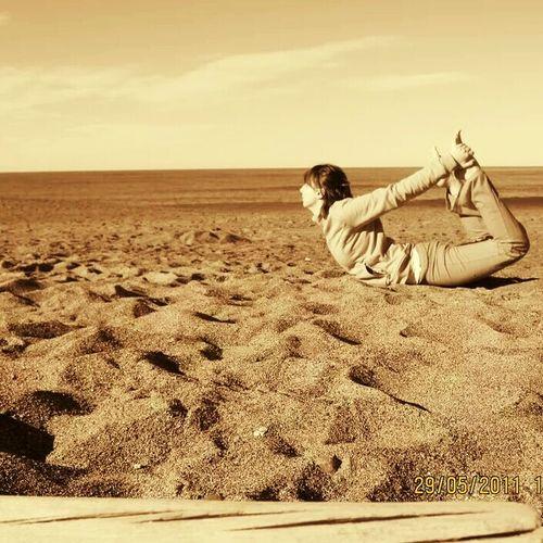 Beach Only Women Women Santosha Ananda Yogapractice Yogateacher Yoga ॐ EyeEm Argentina 👑🎉🎊👌😚😍