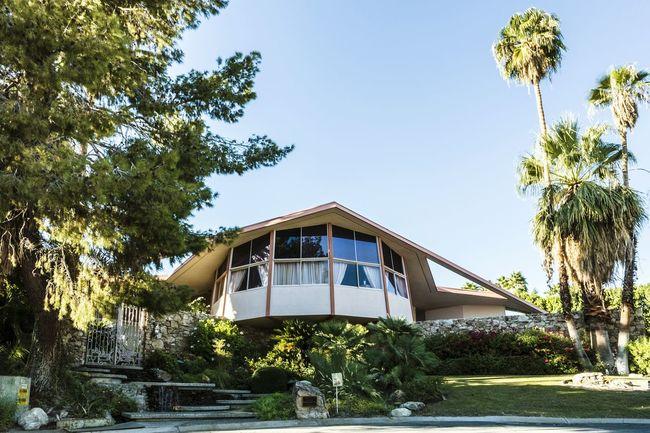 Elvis Presley Elvis Honeymoon Hideaway Palm Springs Portrait Of America
