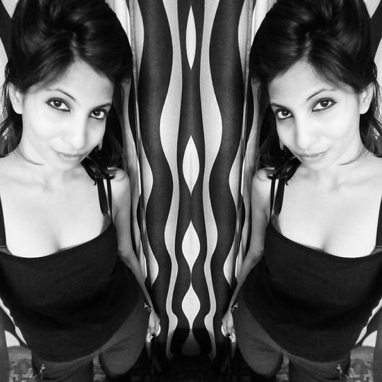Check This Out Today's Hot Look Self Portrait Blackandwhite Photography Mobile Photography Colour Portrait Fashion&love&beauty Street Fashion Stoner Sexylook Goodnight #timepass #me #love Nighty Night♥ Peace ✌ 😘😘😘😘女神!