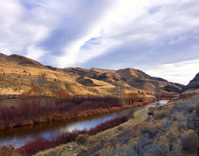 Winter colors on the John Day River of Oregon Outdoors Travel Destinations Non-urban Scene Autumn Tranquility Tranquil Scene Water Day No People Nature Beauty In Nature Landscape Mountain Sky Cloud - Sky Scenics - Nature Remote Idyllic Oregon Oregon Beauty John Day Fossil Beds National Monument River View Scenic View Travel Destination Travel Photography