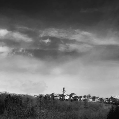 Paysage des Haute-Alpes. EyeEmNewHere Village France Blackandwhite Paysage Blackandwhite Noir Et Blanc Cloud - Sky Sky Real People Nature Outdoors Leisure Activity Lifestyles Landscape Beauty In Nature
