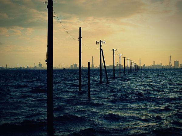 EyeEm Best Shots EyeEm Nature Lover EyeEm Gallery EyeEm Sea No People Sunset Chiba,Japan Tokyo Bay Soirée Mer Japon EyeEmNewHere Japan Power Line  Electric Pole Cable Power Supply Electricity  Power Cable Horizon Over Water