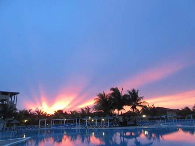 Cuban sunset Cuban Sunset Spectacular Palm Trees