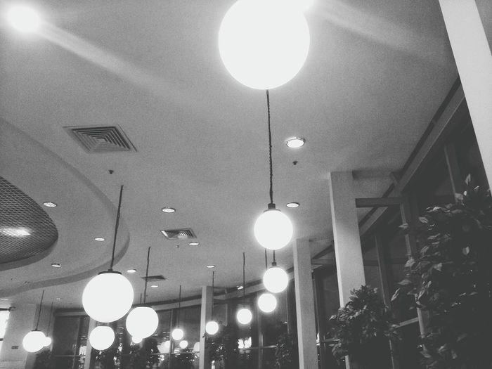 Blackandwhite Photography Black & White Blackandwhite Bw MonochromePhotography Monochrome Lamp Saint-Petersburg Чб чернобелое черно-белое монохром Спб Санкт-Петербург свет Светильник лампа