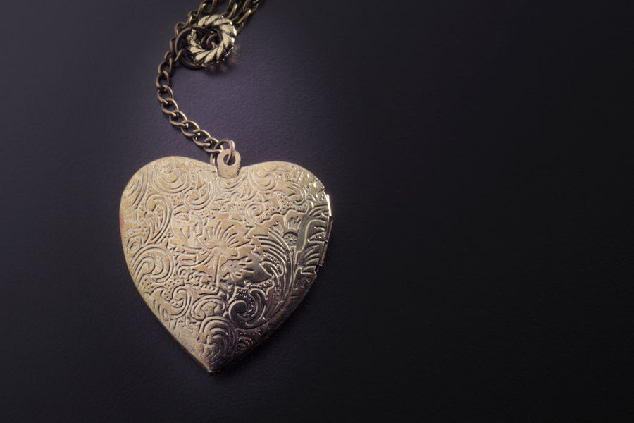 heart shape pendant Antique Gold Love Pendant Valentine Beutiful  Brass Dark Background Design Golden Chain Heart Shape Locket Luxury No People Ornate Still Life Studio Shot Symbol Wealth Workmanship