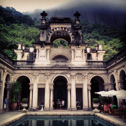 Bom dia, Rio! Riodejaneiro Architecture Nature Beautiful Snoopdogg Parquelage Mansion EyeEm Best Shots - Architecture Architectureporn