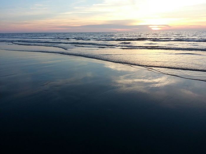 海。 夏日。 回憶。
