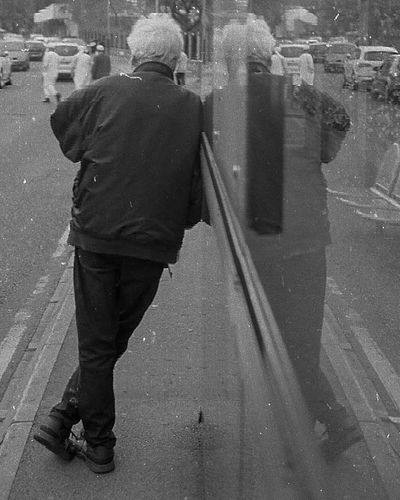 Ilford Xp2 400 Film Film Photography Streetphotography Street Reflection Blackandwhite Monochrome monochrome photography 35mmfilmphotography Filmphotography People Nikon Nikonphotography Nikonf3 Men Full Length Manual Worker Water City Standing Shadow Rear View