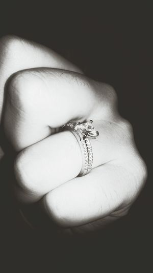 One Person Jewelry Day One Young Woman Only Diamond Ring One Woman Only Fiancailles Jai Dis Oui Amour ❤ Amoureuse ♥ Bagues  Symbol Damour Love ♥