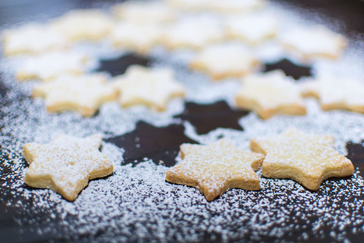Christmas cookies - stars with powdered sugar dusts Advent Advent Baker's Christmas Christmas Cookies Christmas Bakery Cookies Sugar X - Mas Advent Season Bake Baking Product Biscuits Cake Christmas Biscuits Cookie Focus On Foreground Food Pastry Cutter Powdered Sugar Short Crust Pastry Star Form Stars Sweet Sweet Recipe Wooden Background Food Stories