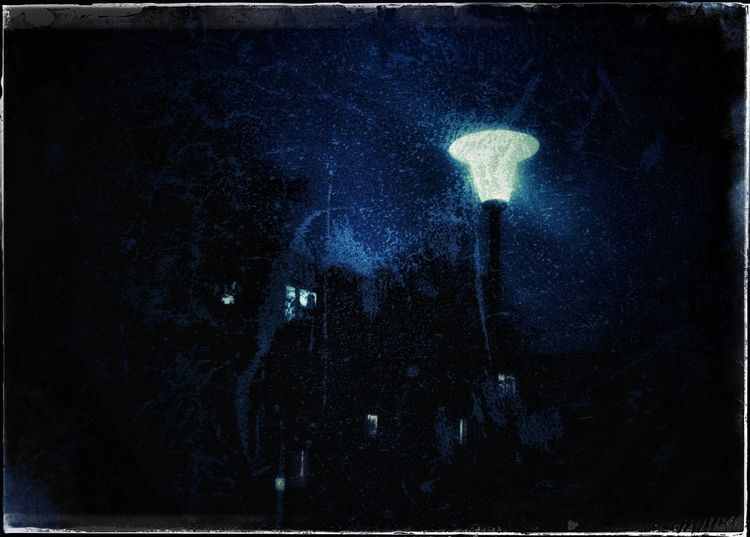 Blue Velvet Night _____ Night No People Galaxy Space Sky Snapseed Editing  Artistry_emotions Fa_fadeaway Snapseed Building Exterior EyeEmNewHerе Retrolux Filter Lamp Posts Lampwednesday Light Lanterns Streetlight Textured Effect Mode_emotive