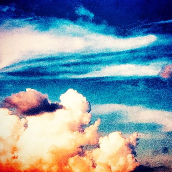 SNAPPED & EDITED BY BANXCROXADOODLEDOO! Banxcroxadoodledoo Snap IPhone 4 Old Phone Grainy Clouds Clouds And Sky Cloudporn Cloud Sky