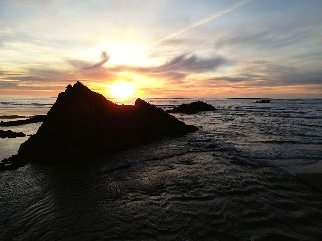 Sun in the Saddle SkyPics Pacific Northwest  Sunset Sea Cloud - Sky Beach Horizon Over Water Nature Sky Scenics Beauty In Nature