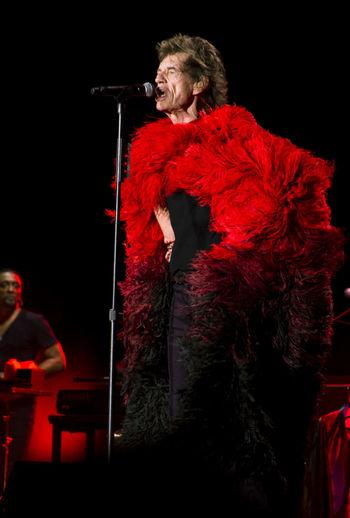 Sympathy for Devil Concierto Concert Photography Concert Canon Canonphotography Cuba La Habana Fuego Red Red Colors Mickjagger Mick Jagger Canon Canonphotography Cuba La Habana Fuego Devil Red