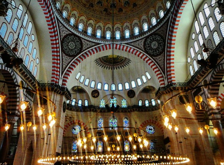 T🔙 Istanbul Turkey Istanbul Istanbul Mosque Suleymaniye Suleymaniyemosque Loveistanbul Take Me Back Suleymaniyecami Lovelovelove Antique Decoration Interesting Interesting Architecture
