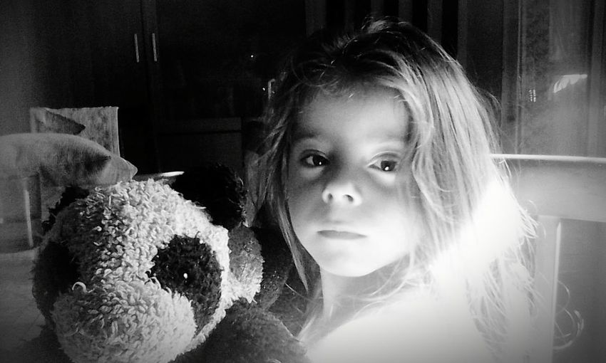 EyeEm Gallery Blackandwhite B&W Portrait Hi! We Are EyeEm, We Are The Pandas Babylove The Human Condition Taking Photos Españoles Y Sus Fotos Babygirl