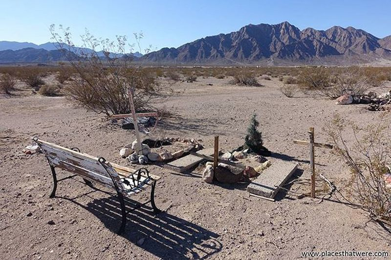 A place for reflection. for more info and photos of the Boulder City Pet Cemetery, check out http://www.placesthatwere.com Abandoned Abandonednevada Abandonedplaces Bouldercity Bouldercitynevada Bouldercitypetcemetery Eldoradovalley Hauntednevada Nevada Petcemetery Petsematary Searchlightroad Urbanexploration Urbex