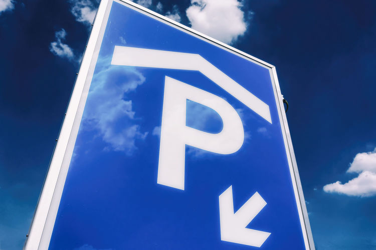 Close-uo of parkhouse sign Berlin Blue Close-up Cloud - Sky Color Image Day Germany 🇩🇪 Deutschland Horizontal Low Angle View No People Outdoors Park House Parkhouse  Parking Sign Sky Sky And Clouds Transportation