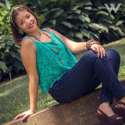 Portrait Outdoors Day Looking At Camera Smiling Sitting Pentax Venezuela Carabobo Young Adult Nature Lifestyles