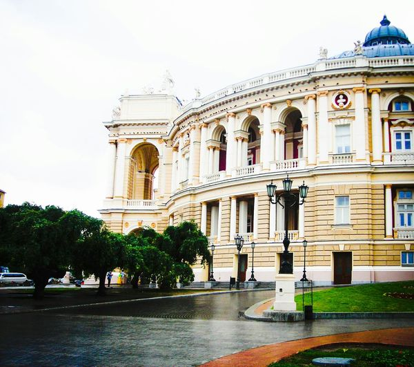 Walking Around The City  Favorite Places Oldtown Operahouse Art & Design Beautiful Places Ukraine_art