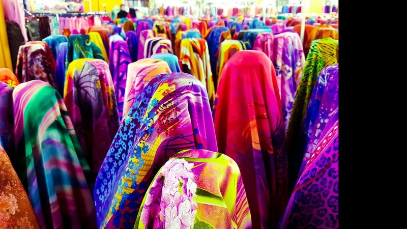 """I used to love to follow my mom to those tapestry fabric shops. I like to see colours, choices in life. The one philosophy I learnt from my visit was """"There will be a lot of choices, cheap or expensive ones, nice or even bizarre ones, and even remnant or fresh ones. But let them be, just choose the suitable one"""" What if you choose the wrong one? I chose many a time wrongly. But, life goes on, just choose again. Though easier said than done, I still fear many choices in my life. But as of arriving at my 30, plus being single, I feel more comfortable making wrong decisions now. It is where we truly learn. Better than making mistakes in my 50ies right? 😍😍😍😍😍😘😘😘😘😘😘😘😘 Artphotography ArtWork Photoshop Artsandcrafts Fabric Sunday Throwback Weekend Cloth Memory Artofinstagram Artist Memories Artofvisuals Instacolor Photooftheday Nofilter Instagramers Nofilterneeded Colourpop Photography Picoftheday Artporn Artistsoninstagram Artoftheday Instadaily Colourful Arts Selfreflection Lightroom"""