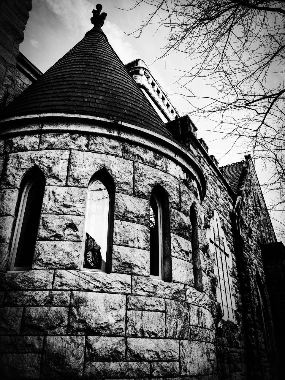 architecture, built structure, low angle view, building exterior, religion, place of worship, day, outdoors, no people, history, spirituality, sky