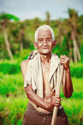 Some of my last travel portraits of the people of Bali! Rural Green Candidasa Bali Travel INDONESIA Eat, Pray,Love INEEDNATURE Bali Balinese Life Ricefields Bali, Indonesia Explore Baliphotography Portrait Old Elderly Elderlypeople Farmer Followme www.pandevonium.com Learn & Shoot: Working To A Brief