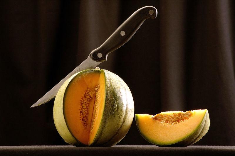 Fruit Fruits Knife Melon Melone SLICE Slice Of Melon Still Life Still Life Photography Studio Photography Studio Shot