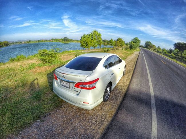 Me and my girl went on a trip out side of Bangkok. Found some great scenery while driving. Travel Driving Car Nissan Roadside Roadtrip On The Road Thailand Goprohero4 Goprothailand