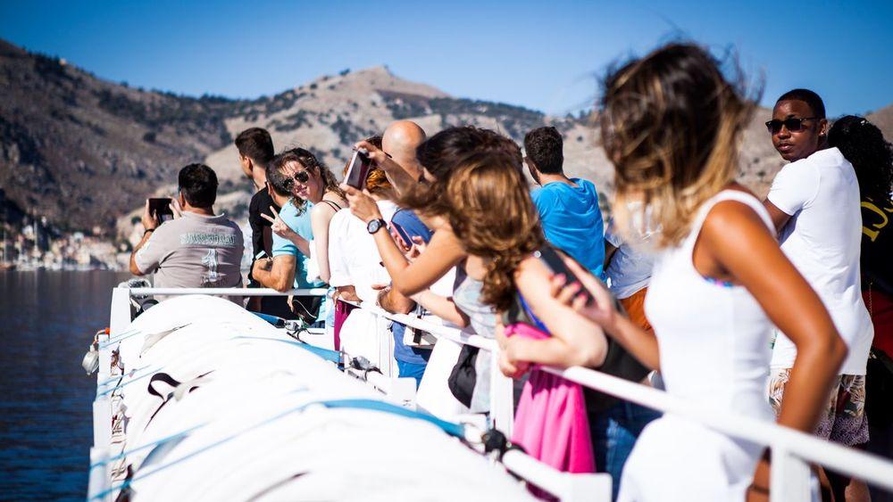 Helloooo....is it me your looking for..? Enjoying Life Boat Aegean Sea Greece Symi ısland Zerozomermissies2016 ROGA
