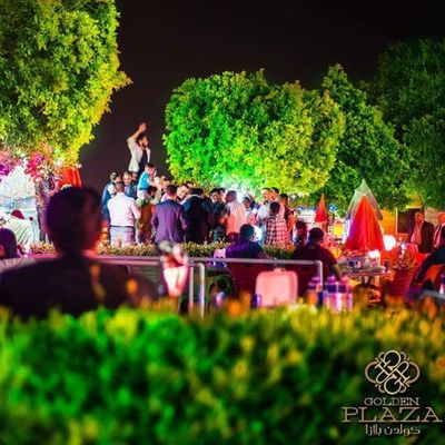 إحدى اللقطات من التصوير الدعائي لمنتجع Golden plaza Golden Plaza Photograpy Photo Iraqiphotographers Arabphotographers Instagram Likeandfollow Nikon D700 50mmlens Tripod Dance Flowers Green Tree Lights Lightroom Photoshop Camera