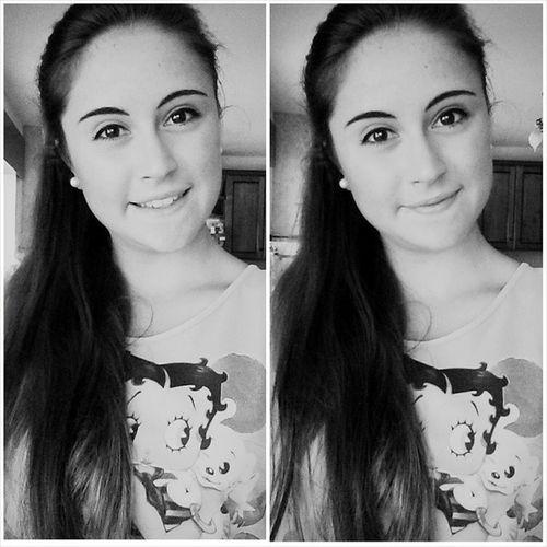 Buongiorno Ciaomondo Selfie Time c'hopresogusto black&white b&w dueme sorrisino follow likeforlike l4l followme followback