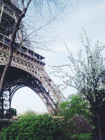 Eiffel Tour !! Hanging Out Hello World Enjoying Life Check This Out Eiffel Tower Tour Eiffel Paris