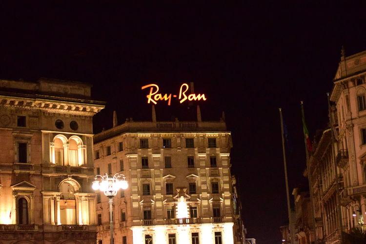 #Branding #milan #RayBan #shopping