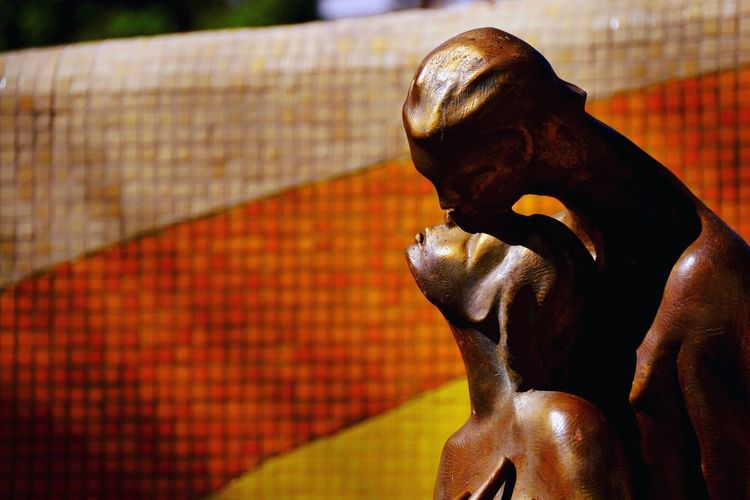 Nikon D3100 Statue Sculpture Human Representation Art And Craft Focus On Foreground Close-up Outdoors LoveLove ♥♥ColorrMulti Coloredd Photograph Lovers Acapulco Mexico Monument To Lovers The Week On EyeEm
