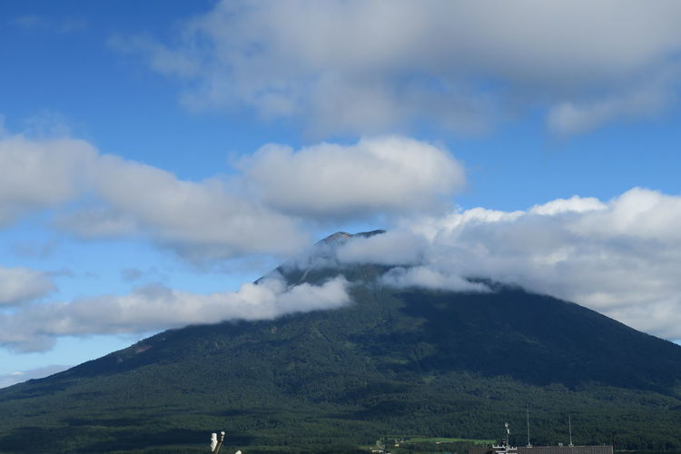 niseko hokkaido japan Agriculture Grass Green Color Nature Tree Yotei Mt. Yotei Mt., Hokkaido Cloud And Sky Leaf Mountain Outdoors Yotei EyeEmNewHere A New Perspective On Life Holiday Moments Capture Tomorrow Moments Of Happiness It's About The Journey 2018 In One Photograph