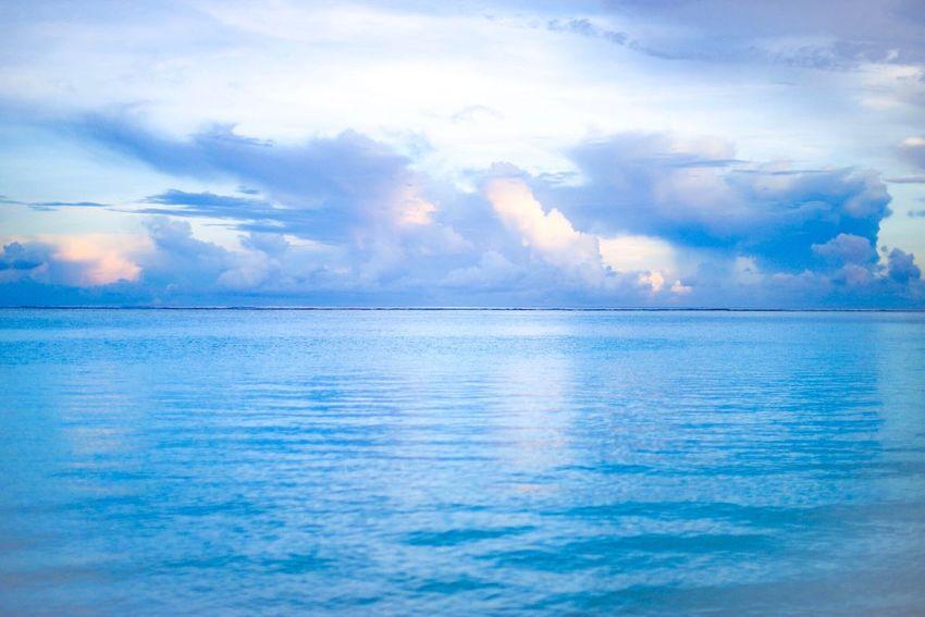 『ここから始まる』 Sea Cloud - Sky Sky Blue Horizon Over Water Water Scenics Nature Seascape Beauty In Nature Outdoors Idyllic Tranquility Tranquil Scene No People Tropical Climate Day Beach Guam