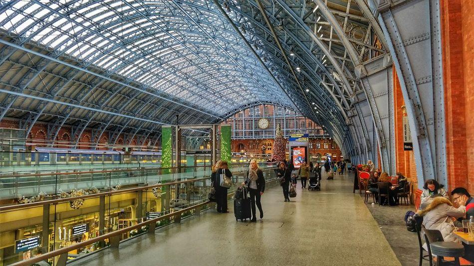 London St Pancras Station St Pancras International Uk England Train Station Travel Men People Day Adult