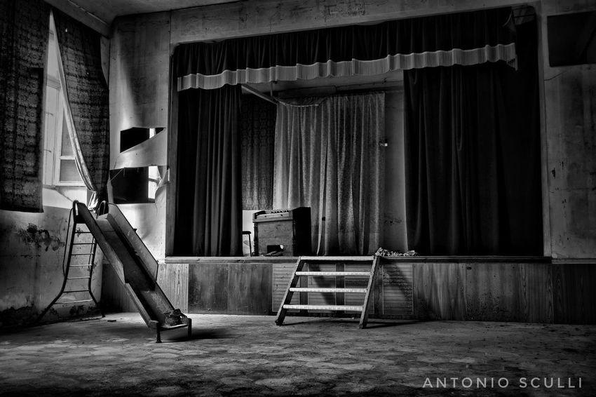 I luoghi dell'abbandono Abandoned Total_abandoned Abandonedplaces Ig_abandoned Abandon_seekers Abandon_seekers_#infinity_unguarded#urbex Ig_urbex Abandonedhouse Abandoned_excellence Abandoned_earth Abandonedexcellence#ascosi_lasciti#underworld_exploration Samsung SamsungNX500 Luoghiabbandonati Urbexworld Italia Piemonte Decai_illife Decai Tesoriabbandonati Ei_abandonment E_i_a B_w Bianco_NERO Indoors  No People Architecture Day