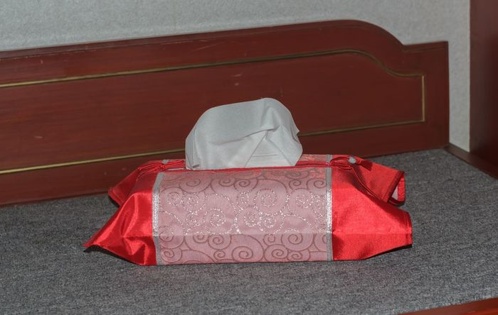 Box Box - Container Boxes Day Helth Helthcare Helthy  Hotel Hotel Room Hotels And Resorts No People Object Object Photography Objects Objects Of Interest Red Tissu Tissue Tissue Box Tissue Paper Tissue Paper Art Tissue??? TissuePaper Tissues Tissus