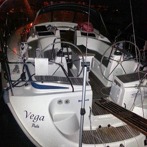 Sjöbjörnen mönstrar på Acimarina  sailing  boatdrinks
